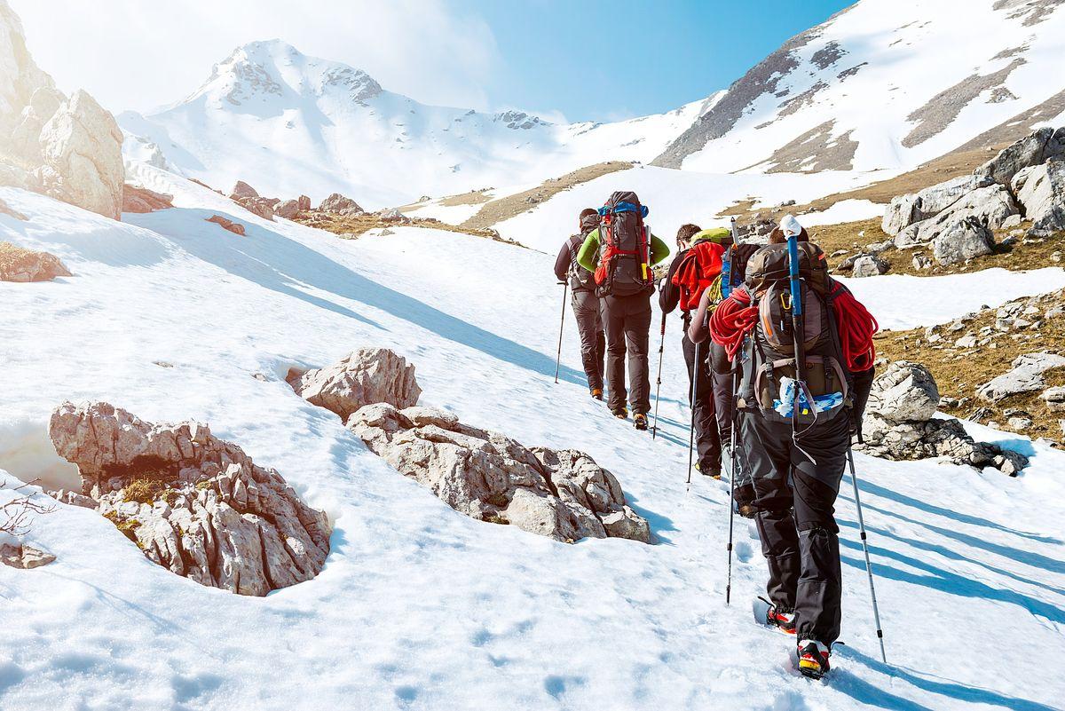 Des alpinistes en activité