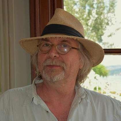 Juhani Lindholm