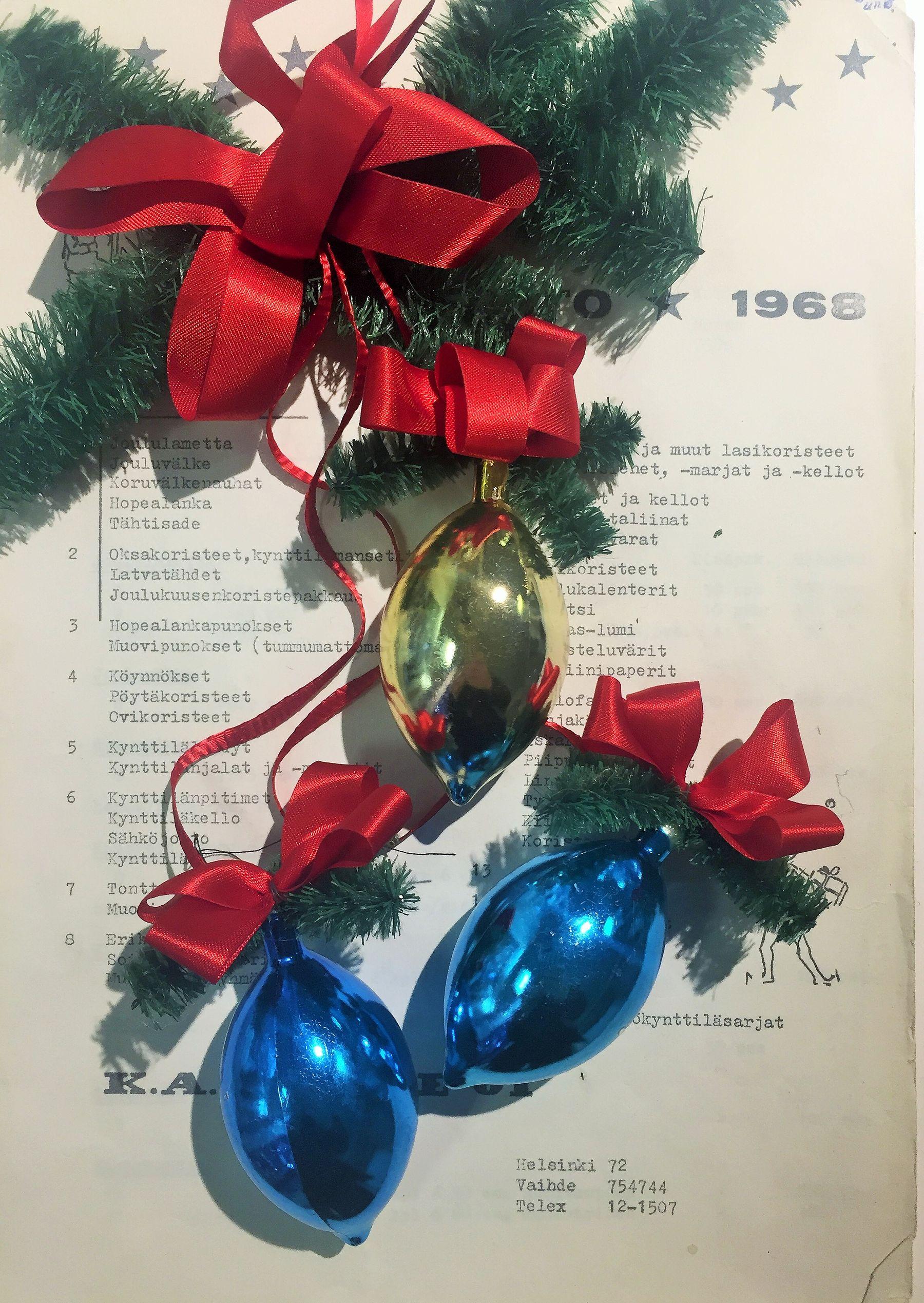 myydään vanhoja joulukoristeita