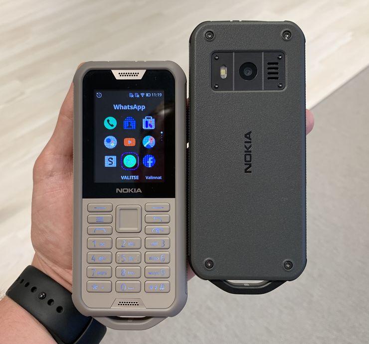Nokia 800 Tough on Nokia-puhelimista kestävin. Saataville se tulee kahtena värivaihtoehtona.