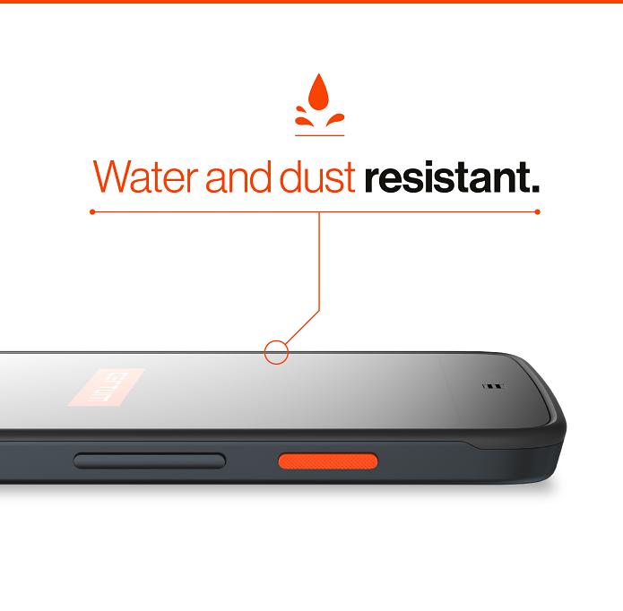 Certum Phonen pitäisi olla myös pölyn- ja vedenkestävä.