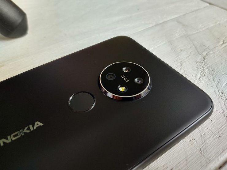 Kamerakokoonpano on Nokia 7.2:ssa oivallinen.