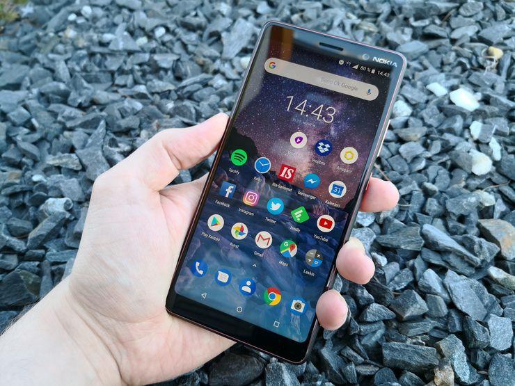 Nokia 7 Plussassa on 6 tuuman näyttö 18:9-kuvasuhteella. Näyttö on laadukas ja kirkas.
