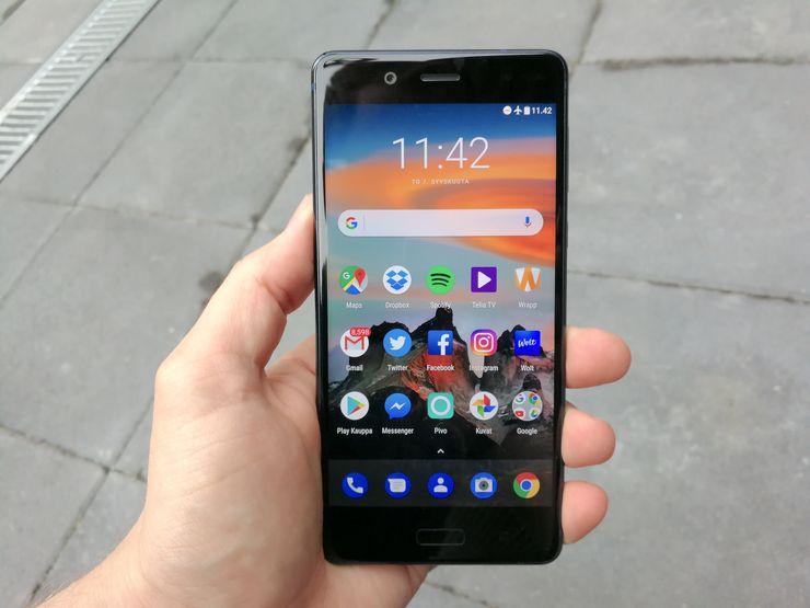 Nokia 8:lle Android 8.0 Oreo -päivitys julkaistiin jo aiemmin tällä viikolla (kuvassa vanhempi Android 7.1 Nougat -ohjelmistoversio).