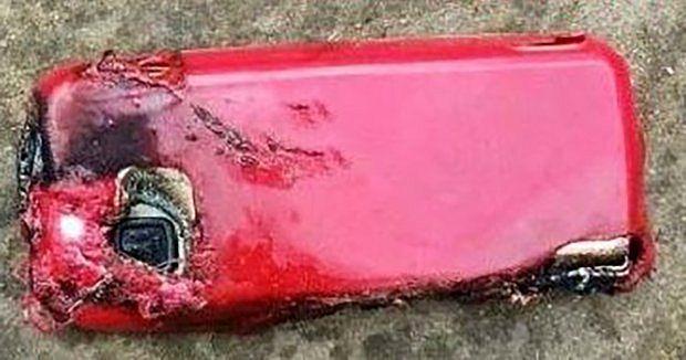 Nokia 5230 -sarjan puhelin kärsi merkittäviä vaurioita räjähdyksessä. Kuva: CEN.