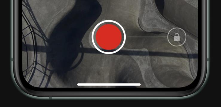 QuickTake on Applen nimi mahdollisuudelle kuvata videoita suoraan Kuva-tilasta pitämällä laukaisinpainiketta painettuna. Jatkuvaan videokuvaukseen pääsee siirtymään vetämällä sormea oikealle.