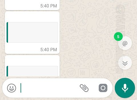 WhatsAppin maininnoista kertova painike ryhmäkeskusteluissa.