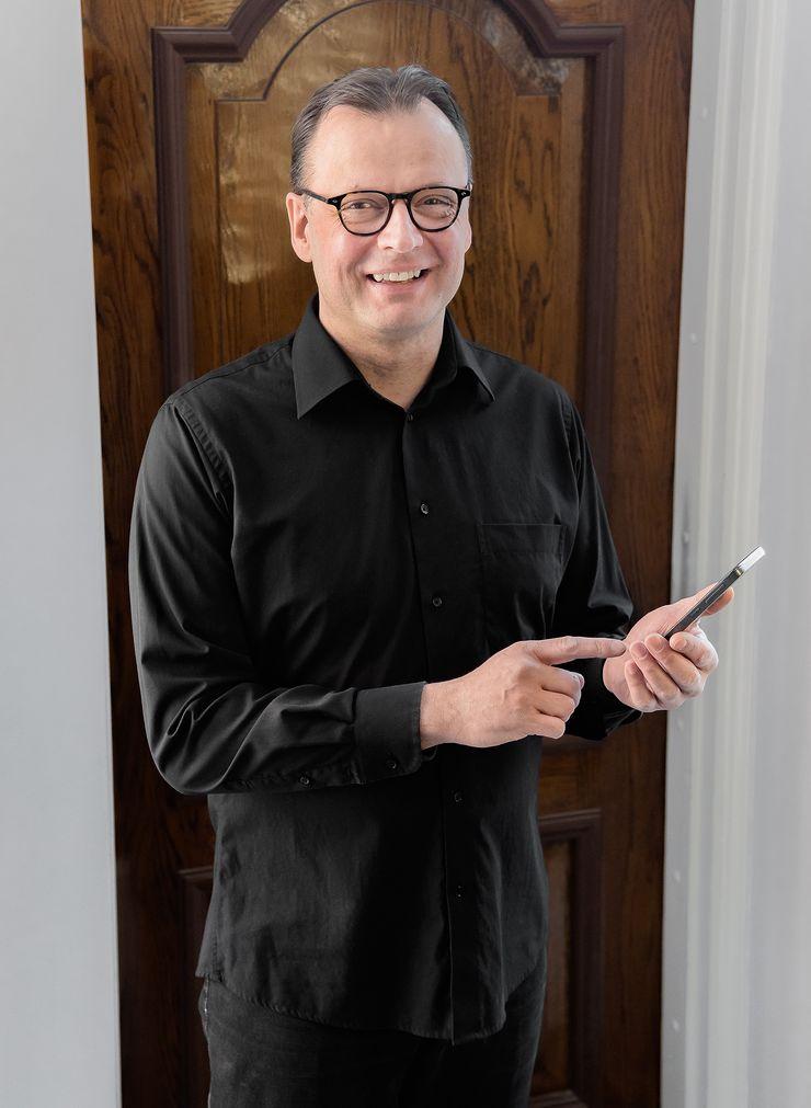 Certum Phonen takana olevan Zero Reception -yrityksen toimitusjohtaja Janne Knuutinen.