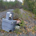 Tässä tapauksessa jätteen kuljettaminen ei ole toiminut kuin junan vessa. Sellainen on kyllä saatu dumpattua luonnon helmaan.