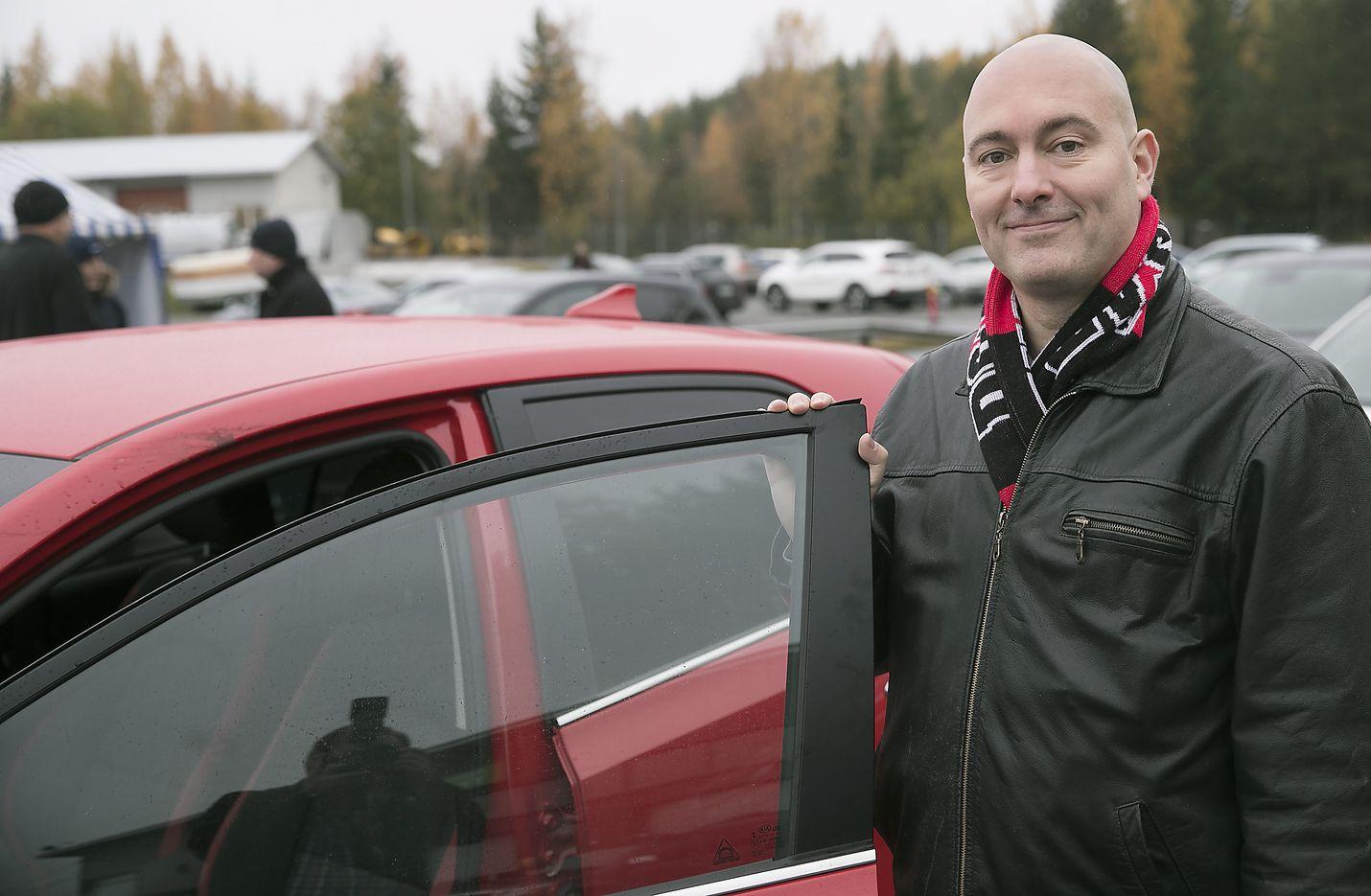 Kansanedustaja Ari Jalonen on toiminut eduskunnassa liikennevaliokunnan puheenjohtajana.