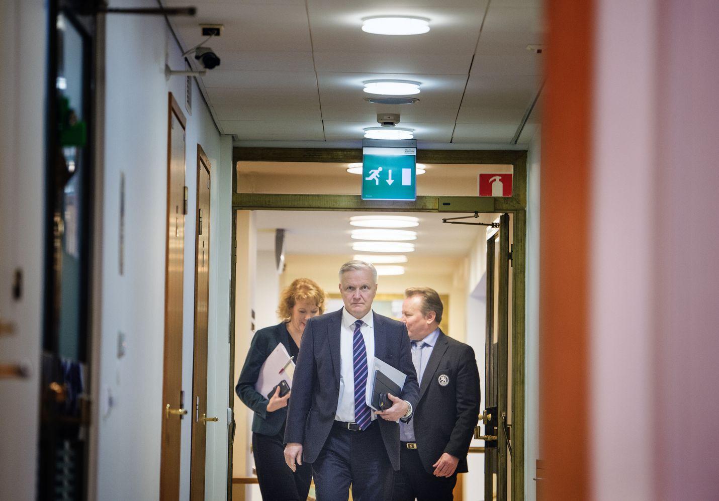 Suomen Pankin pääjohtaja Olli Rehn haluaisi, että EKP arvioisi uudelleen strategiaansa varsinkin rahapolitiikassa.