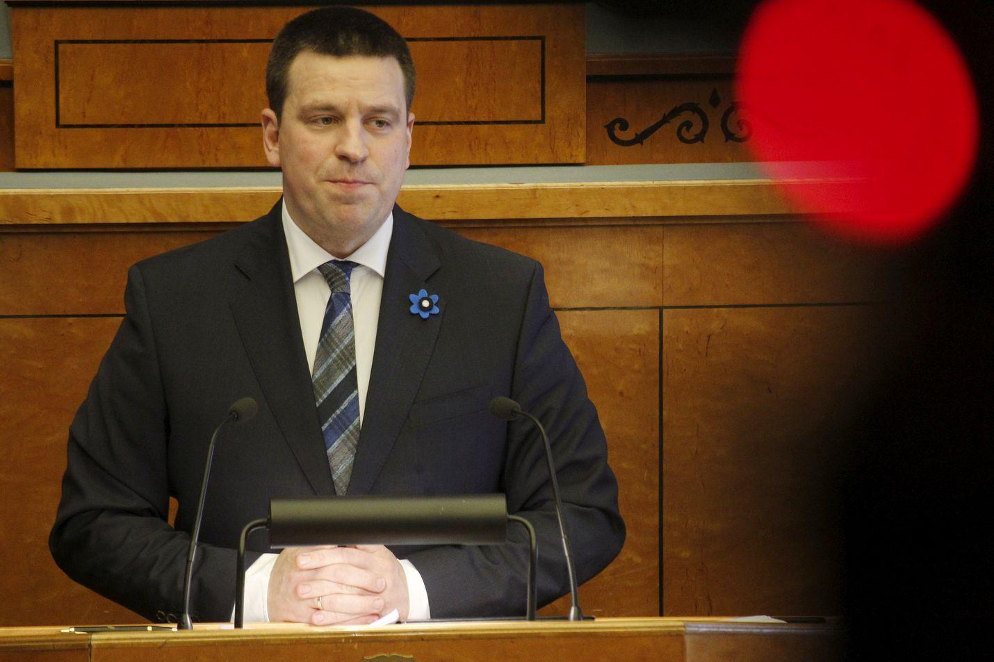 Keskustapuolueen Jüri Ratas jatkaa Viron pääministerinä.