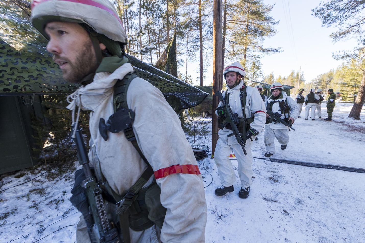 Reilut 2 000 ruotsalaista sotilasta osallistui Naton Trident Juncture -sotaharjoitukseen lokakuussa 2018 Norjassa. Myös Suomi oli mukana.