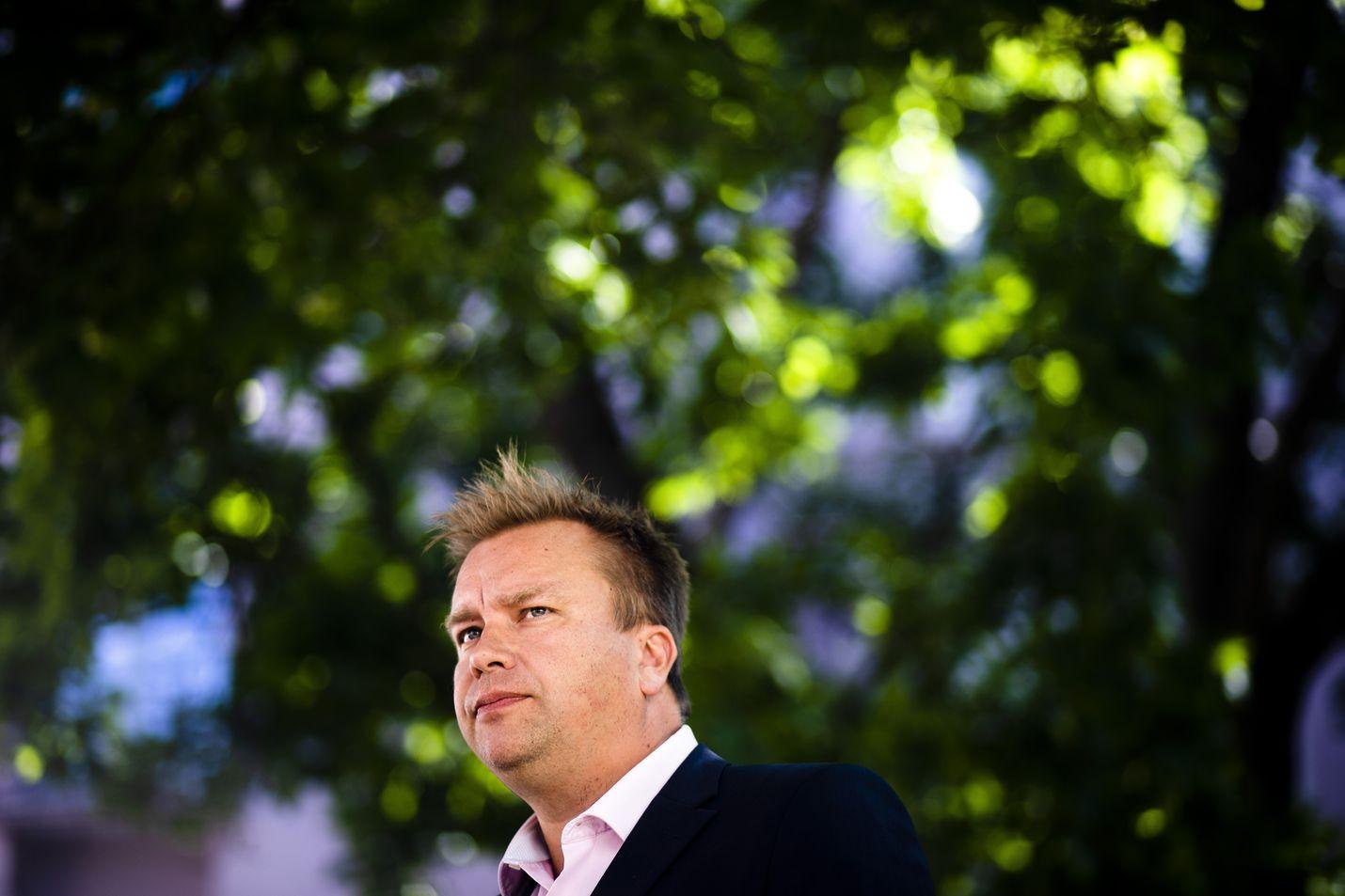 Tiistaina Antti Kaikkonen kertoi pyrkivänsä keskustan puheenjohtajaksi.