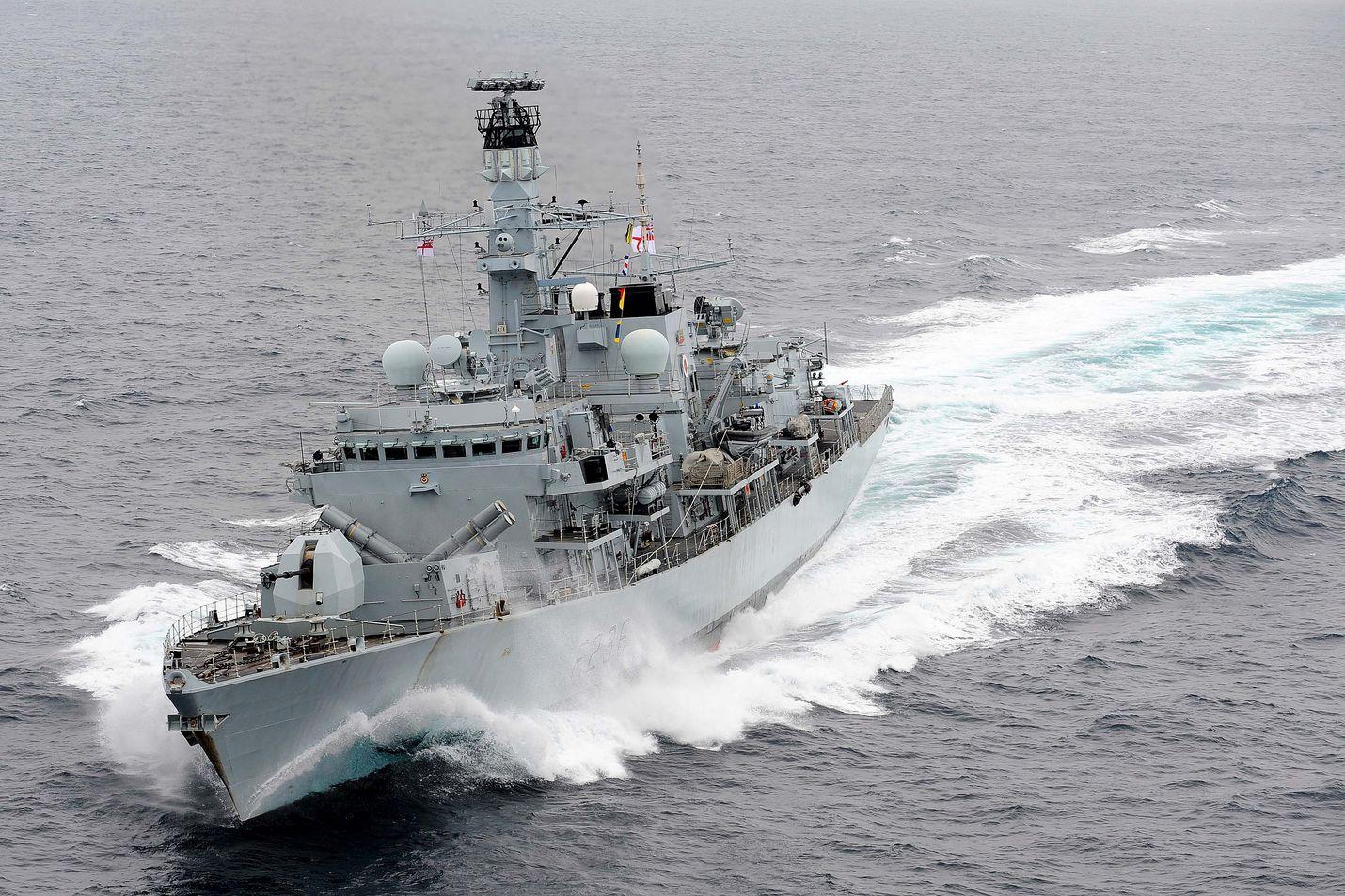 Brittiläinen Montrose-fregatti päätti välikohtauksen. Arkistokuva aluksesta.