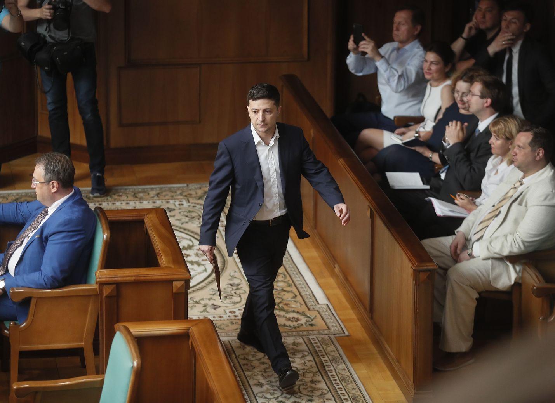 Ukrainan presidentin Volodymyr Zelenskyn puolue on ennakkosuosikki Ukrainan tulevissa parlamenttivaaleissa.