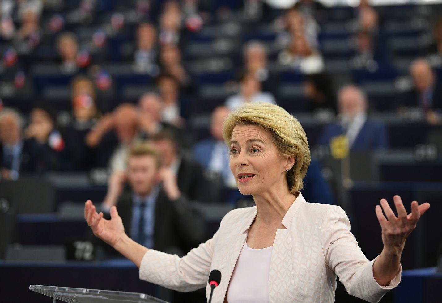 EU-maiden huippukokous nosti von der Leyenin ehdolle komission johtoon kuun alussa.