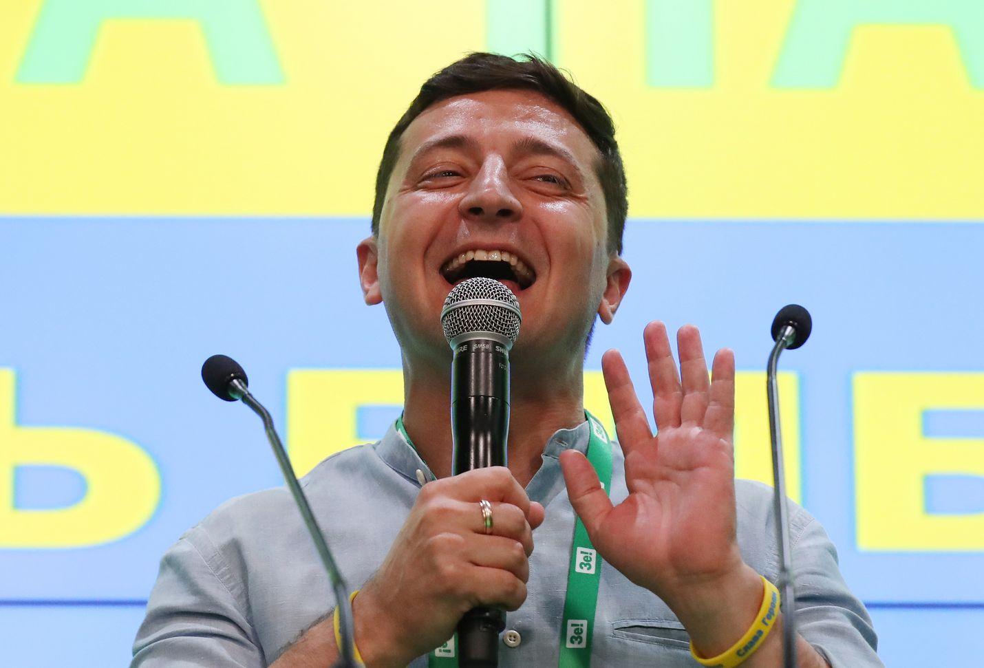 Ukrainan presidentti Volodymyr Zelenskyi on luvannut muun muassa kitkeä korruptiota ja tehdä talousuudituksia.