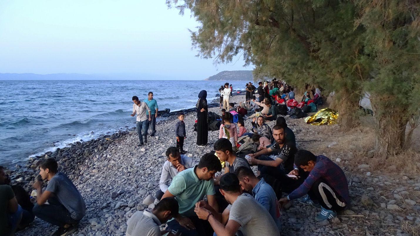 Lesbosin saarelle Kreikassa saapui yli 500 Eurooppaan pyrkivää ihmistä 29. elokuuta. Saarten vastaanottokeskukset olivat täynnä jo entisestään.