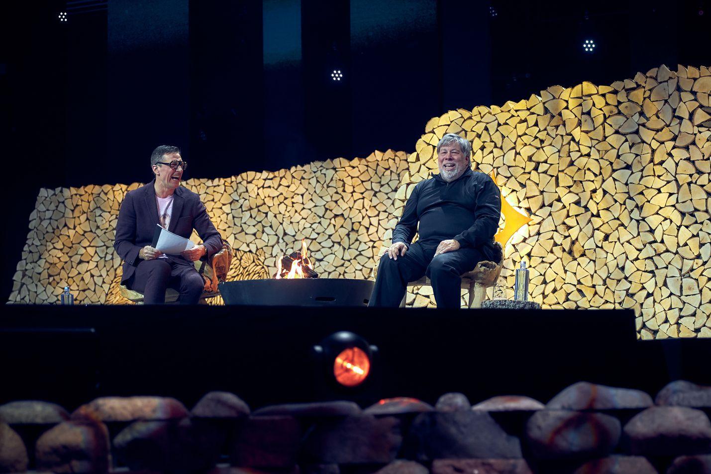 Yrittäjä ja kirjailija Henkka Hyppönen haastatteli Steve Wozniakia.