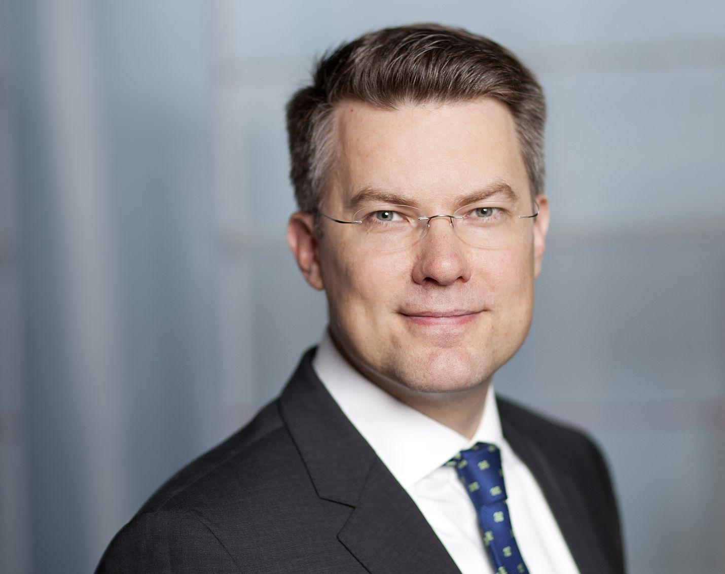 Toimitusjohtaja Toni Hemminki jättää ydinenergiayhtiö Fennovoiman ja siirtyy osakkaaksi energia-alan kasvuyhtiöön Wegaan.