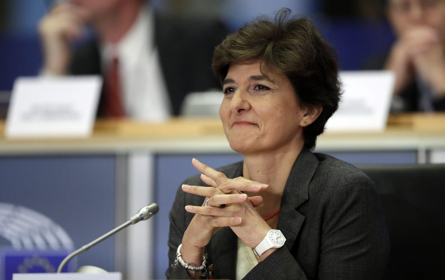 Ranskan Sylvie Goulardin nousu sisämarkkinakomissaariksi on uhattuna, sillä Goulard ei onnistunut vakuuttamaan parlamenttia toisessakaan kuulemisessa.