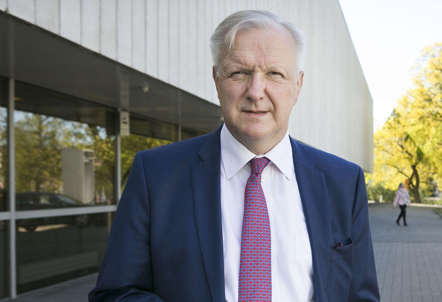 Suomen Pankin pääjohtaja Olli Rehn on kirjoittanut kirjan eurokriisin kohtalonhetkistä, koska hän toimi kriisivuosina Euroopan unionin talouskomissaarina.
