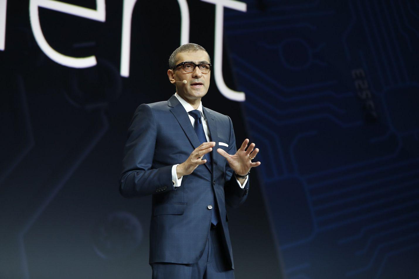 Nokian toimitusjohtaja Rajeev Suri hankki viime vuonna miljoonatulot, joista pääosa oli ansiotuloa. Arkistokuva.