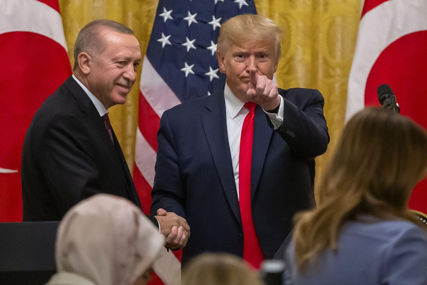 Turkin presidentti Recep Tayyip Erdogan ja Yhdysvaltojen presidentti Donald Trump tapasivat keskiviikkona Valkoisessa talossa.