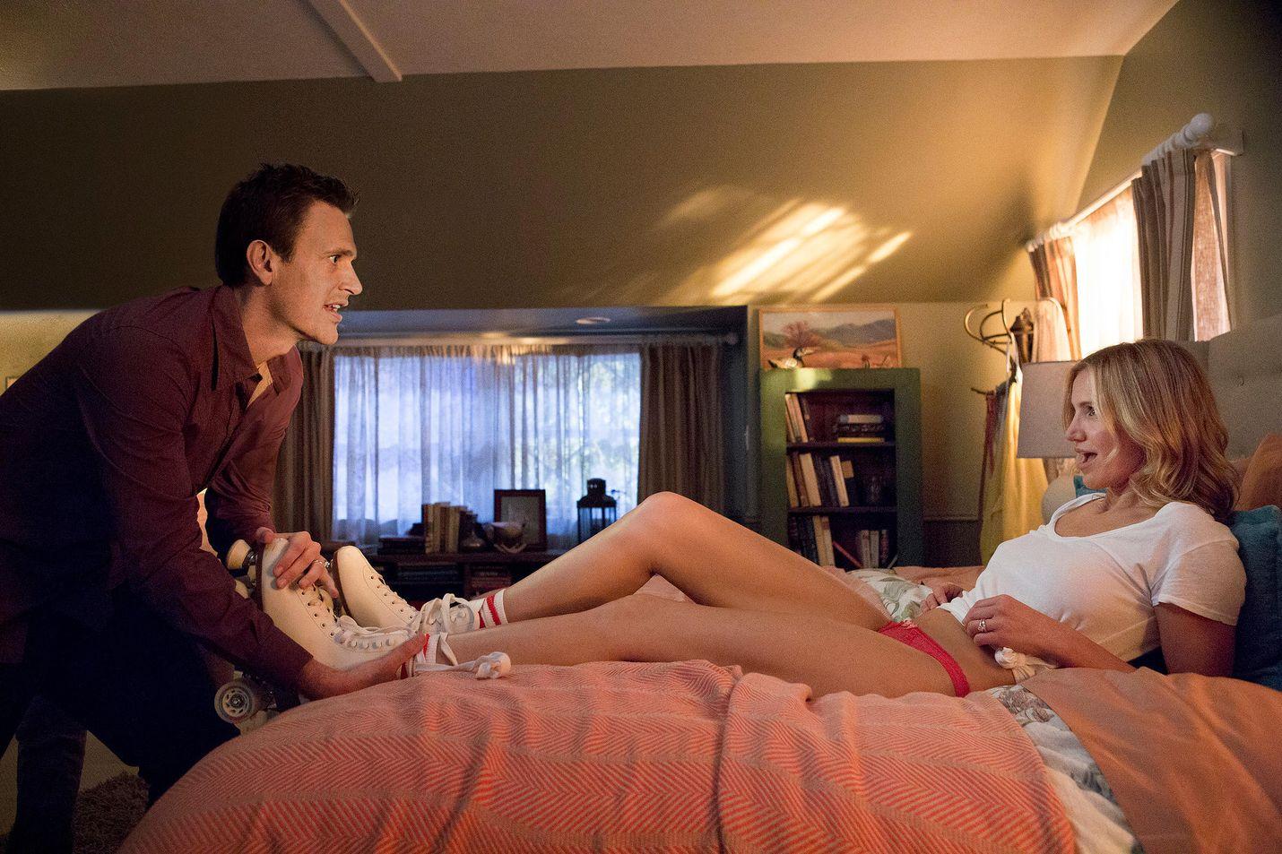 Jay (Jason Segel) ja Annie (Cameron Diaz) hakevat vipinää avioelämäänsä, mutta seksivideo päätyy aivan vääriin käsiin Sex tape -elokuvassa.