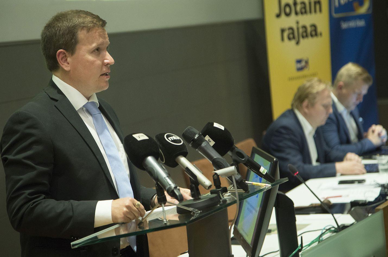 Perussuomalaisten eduskuntaryhmän puheenjohtaja Ville Tavio esitteli puolueen vaihtoehtobudjetin.