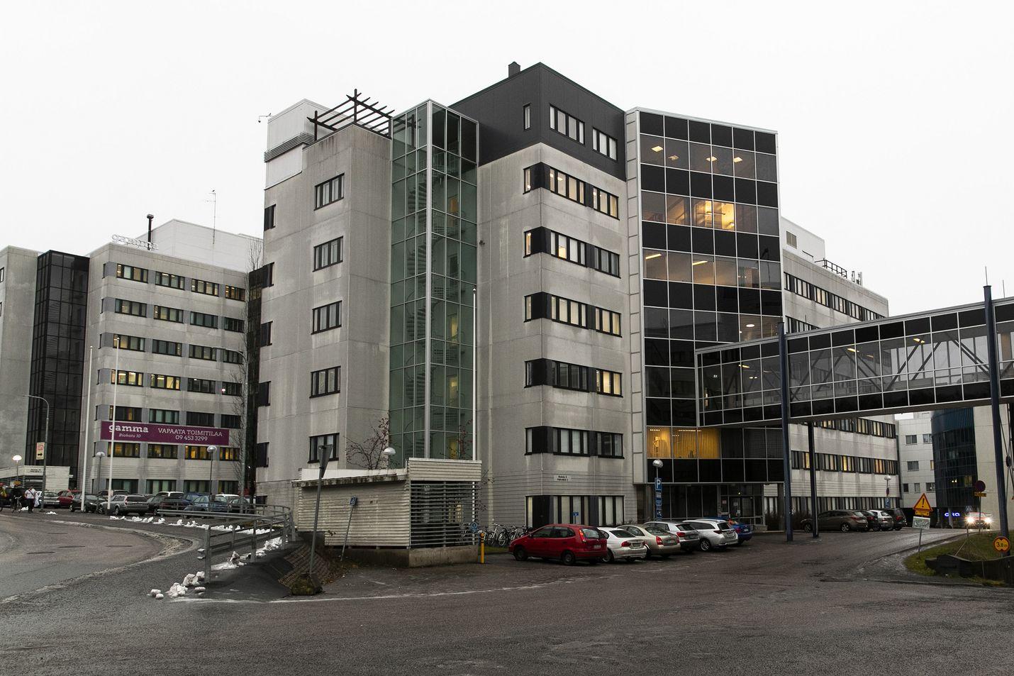 Useille poliisilaitoksille virka-apua antava lasten oikeuspsykiatrian yksikkö toimii Tampereen yliopistollisessa sairaalassa.