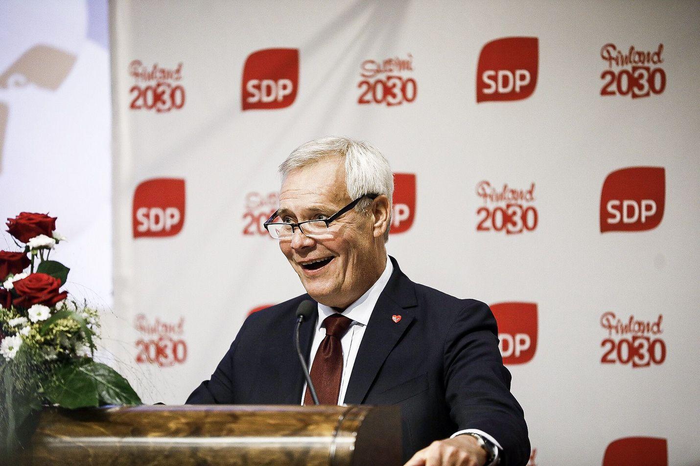 Pääministeri Antti Rinne puhui SDP:n puoluevaltuustossa Porissa lauantaina.