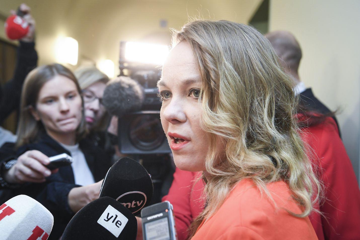 Keskusta lähtee mukaan uuteen hallitukseen. Puheenjohtaja Katri Kulmunin mukaan edellytykset jatkaa hallitusyhteistyötä Antti Rinteen johdolla hävisivät.