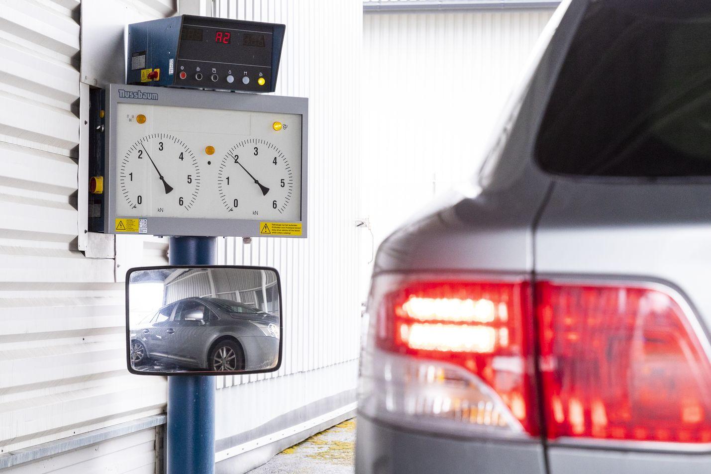 Katsastuksen vikatilastoista voi hakea osviittaa siihen, mitkä autot ovat kestävimpiä Suomen olosuhteissa. Toisaalta tilastot kertovat siitä, mitkä automerkit ovat Suomessa yleisimpiä.
