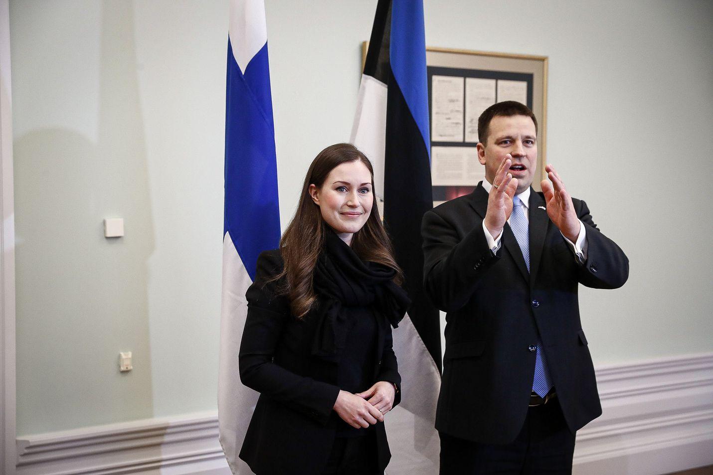 Suomen pääministeri Sanna Marin ja Viron pääministeri Jüri Ratas keskustelivat maiden välisestä yhteistyöstä Tallinnassa Marinin ensimmäisellä Viron vierailulla.