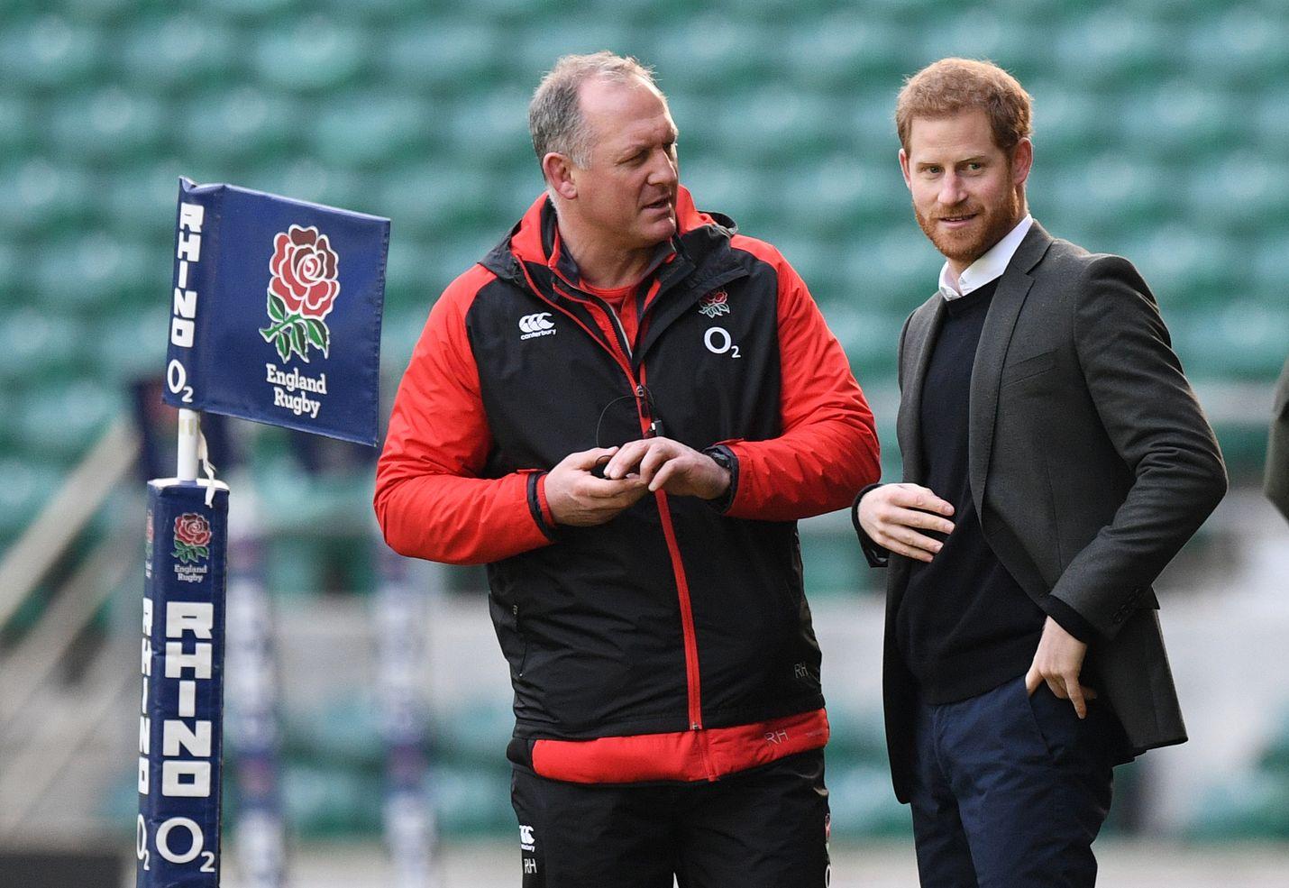 Prinssi Harry seurasi Englannin rugbyjoukkueen harjoituksia Twickenhamin stadionilla Lontoossa helmikuussa 2018.