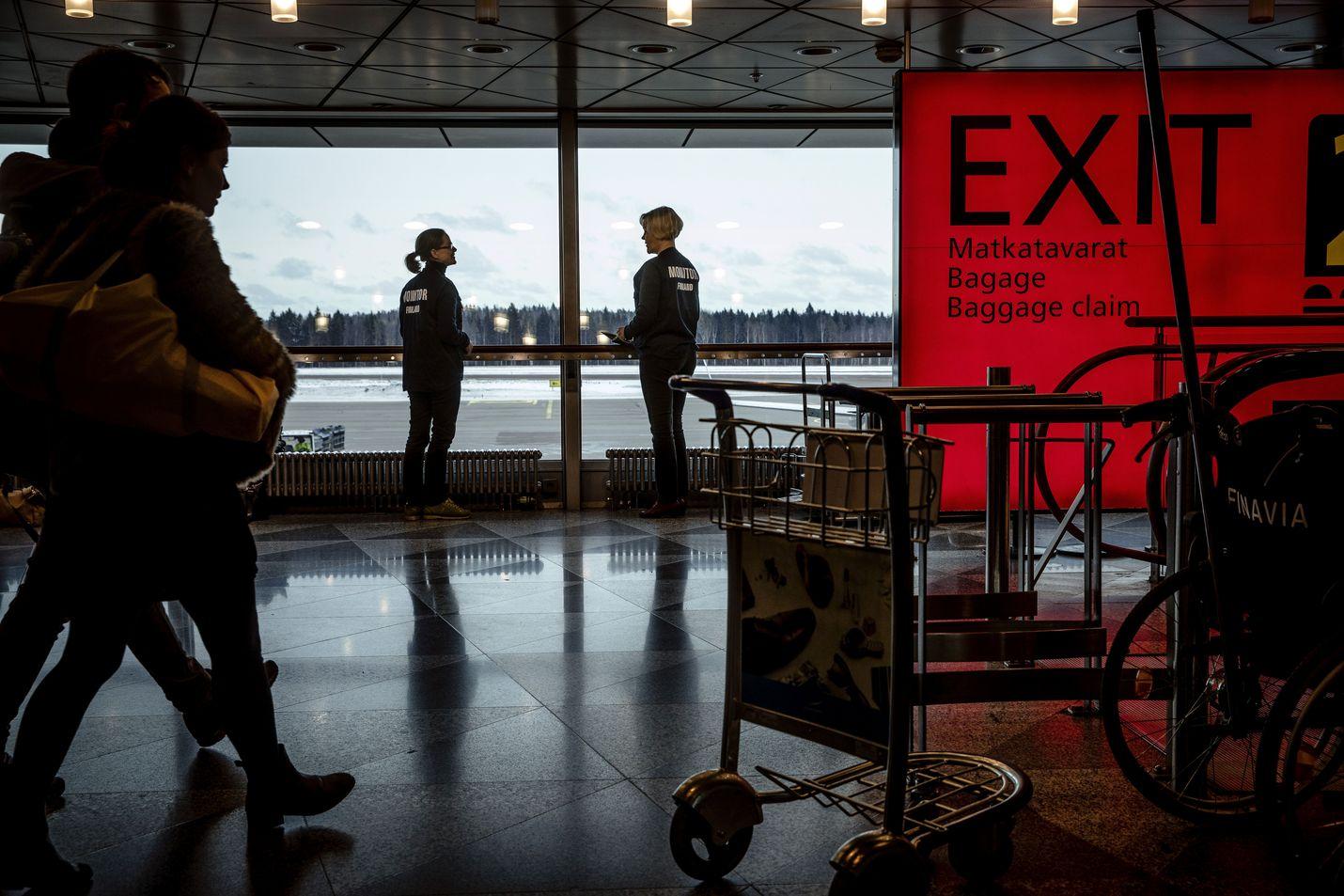 Finnairin mukaan tapaus ei antanut aihetta erityistoimiin. Kone on laskeutumassa normaalisti Helsinki-Vantaalle perjantaina iltapäivällä.