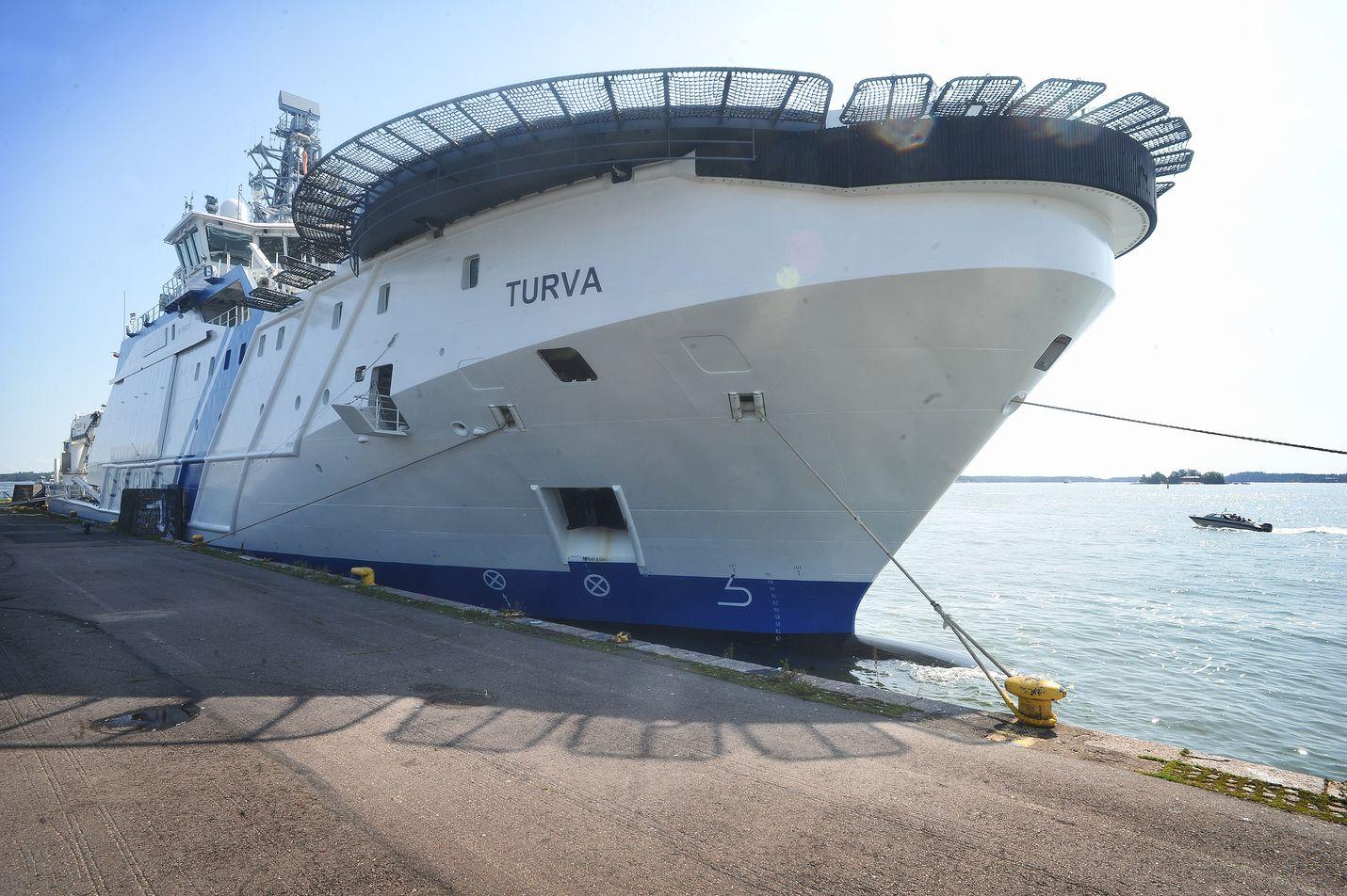 Vuonna 2014 käyttöön otettu vartiolaiva Turva on uusin, isoin ja nykyaikaisin Rajavartiolaitoksen aluksista.