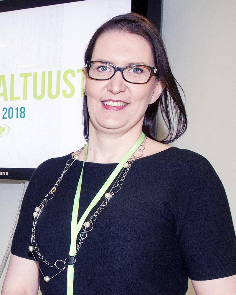Keskustan puoluesihteeri Riikka Pirkkalaisen mukaan merkittävää on se, että kaikkien puolueiden kannattajien piirissä tyytyväisyys hallitukseen on parantunut.