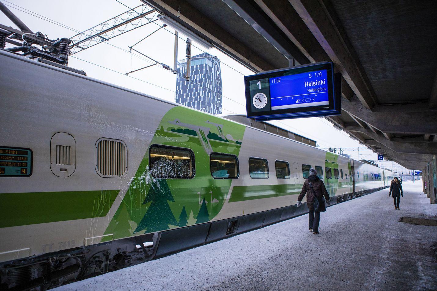 Kun Suomi-rata joskus valmistuu, Tampereelta pääsee junalla Helsinkiin noin 60 minuutissa. Sama pätee Turun ja Helsingin väliin.