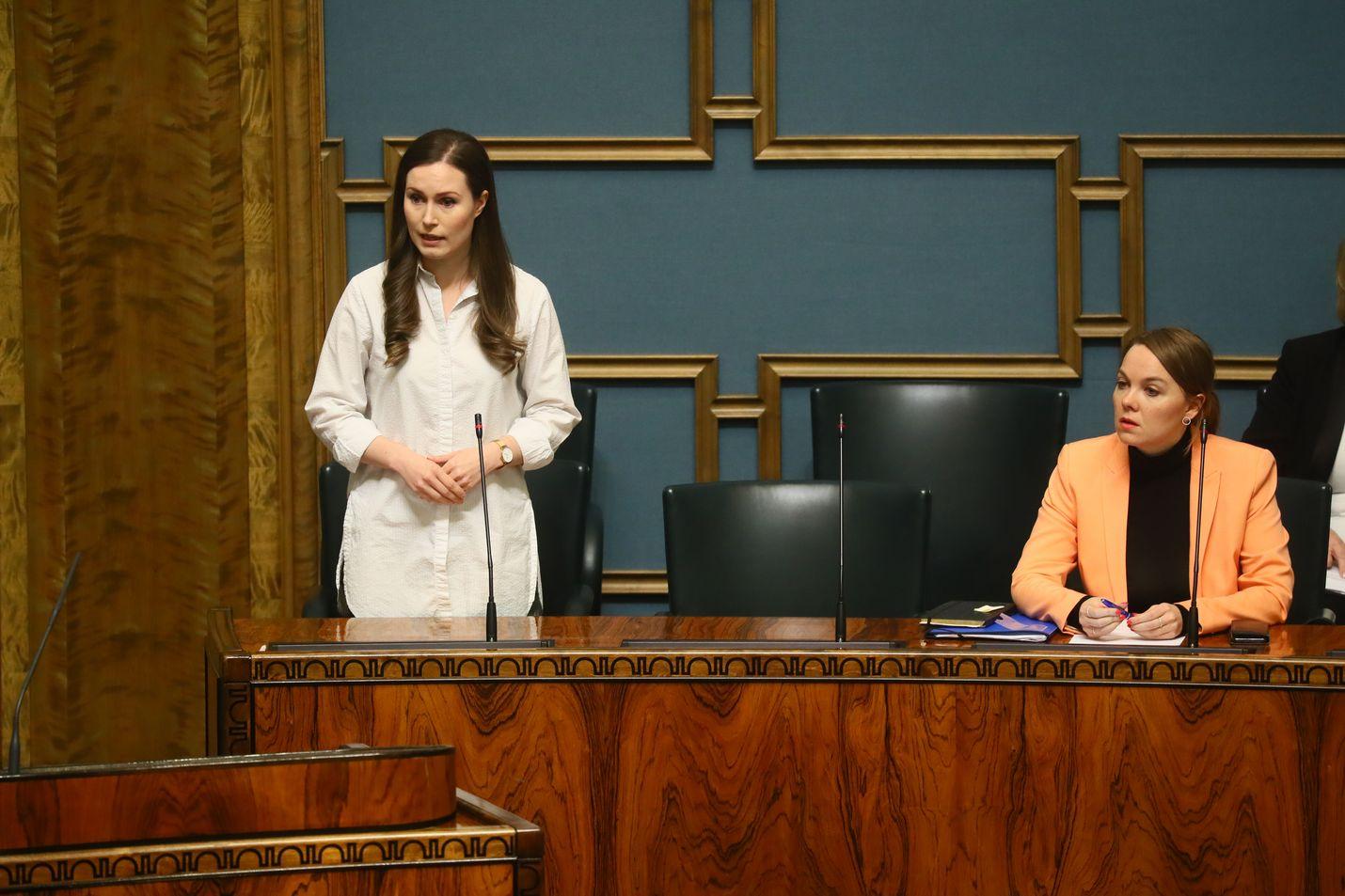 Pääministeri Sanna Marinin mukaan hallitus ei voi luvata, että se aina onnistuu sataprosenttisesti kaikissa toimissaan, vaikka siihen pyrkiikin.