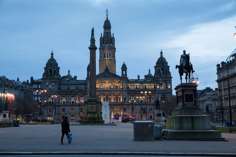 Skotlannin Glasgown keskustassa oli maaliskuun lopulla hiljaista koronaviruspandemian takia julistettujen rajoitustoimien vuoksi.