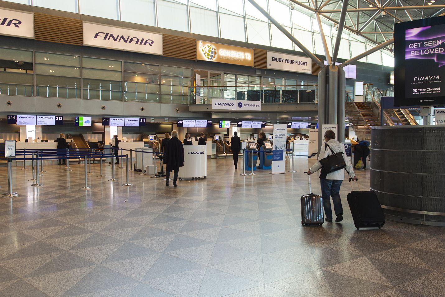 Koronavirus on hiljentänyt Helsinki-Vantaan lentoaseman. Kuva on otettu maaliskuussa.