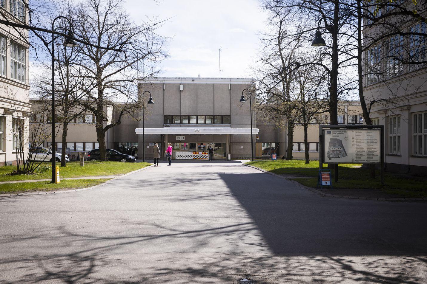 Koronavirus on levinnyt huhtikuun puolivälin jälkeen esimerkiksi Helsingissä Laakson sairaalassa, mutta tartunnan lähdettä tai lähteitä ei vielä tiedetä.