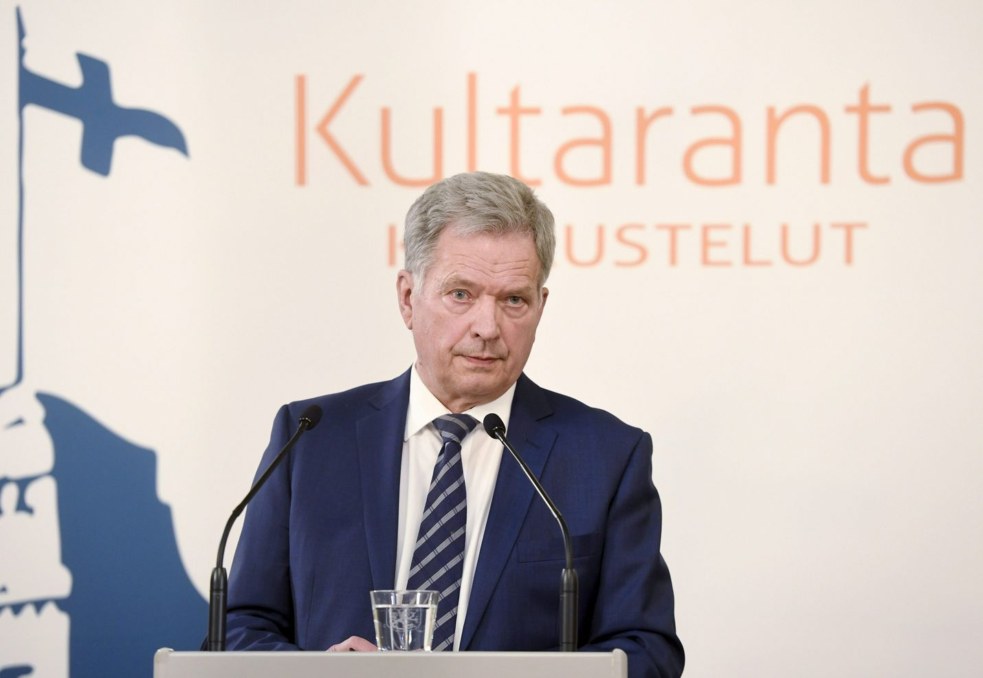 President Sauli Niinistö criticises the idea of bailing out eurozone countries during the coronavirus pandemic. He seems to be at odds with the Finnish Government which has broadly welcomed the proposals put forward by the French and Germans.