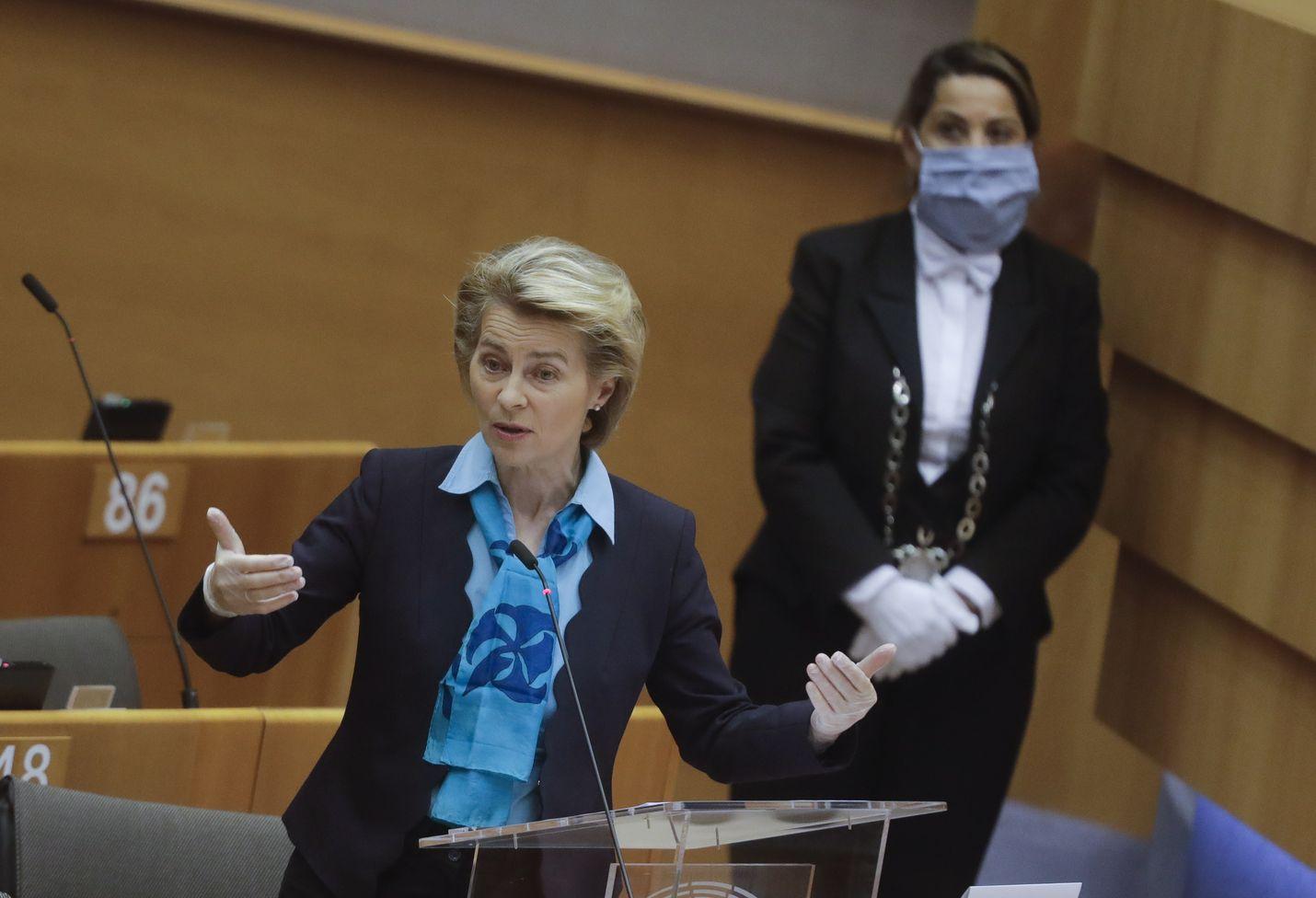 Euroopan komission puheenjohtaja Ursula von der Leyen osallistu EU-parlamentin kokoukseen Brysselissä 13. toukokuuta. Tänään hän esitteli komission ehdotuksen Euroopan jälleenrakennusrahastosta.