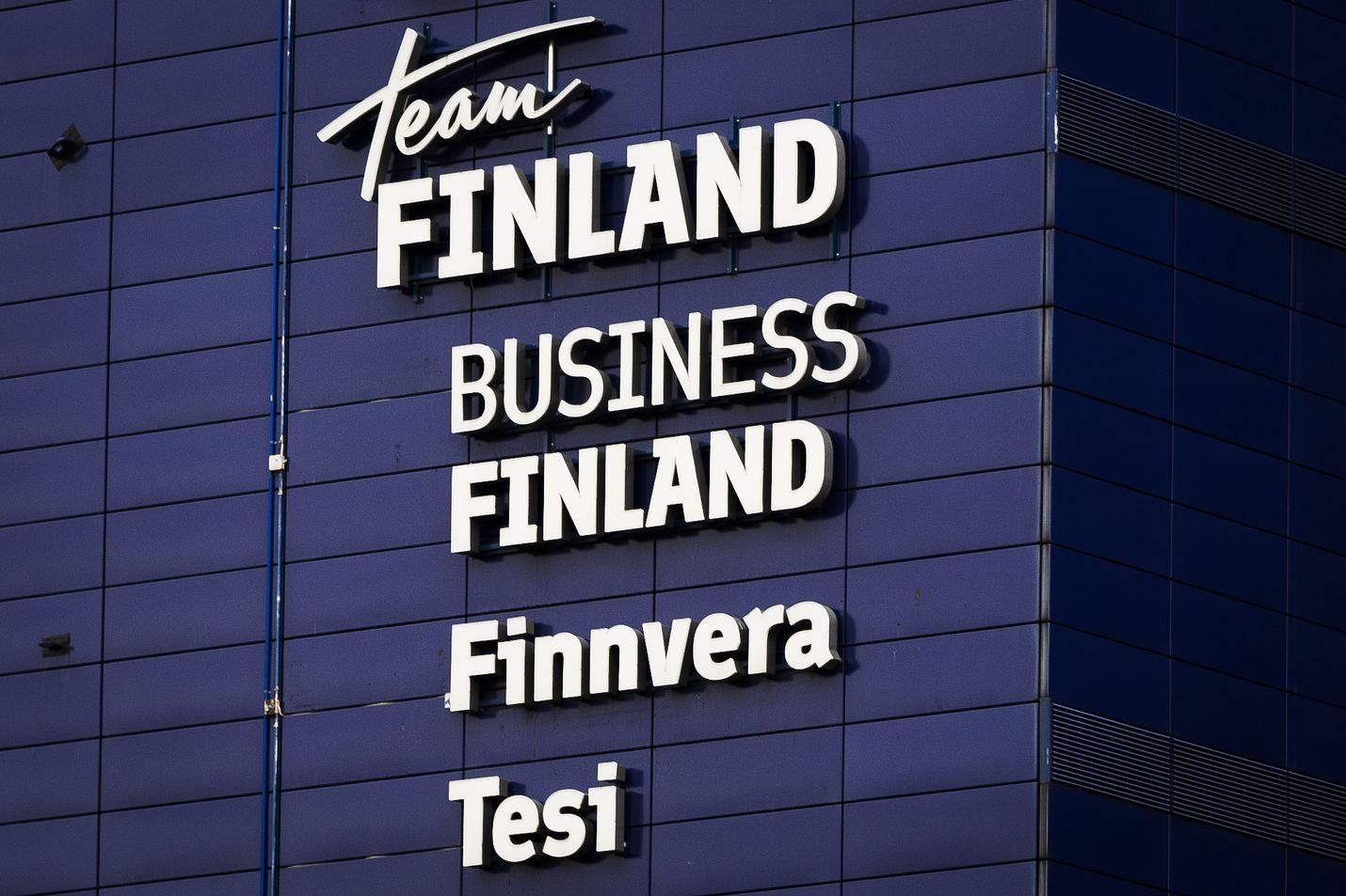 Hallitus valitsi Business Finlandin ja ely-keskukset koronakriisin alun jälkeen yritystukien jakokanaviksi. Niiden rahoitushaut päättyvät 8. kesäkuuta vain viikon varotusajalla. Yrityksillä, jotka aikoivat hakea tukia ely-keskuksilta tai Business Finlandilta, uhkaa loppua aika kesken.