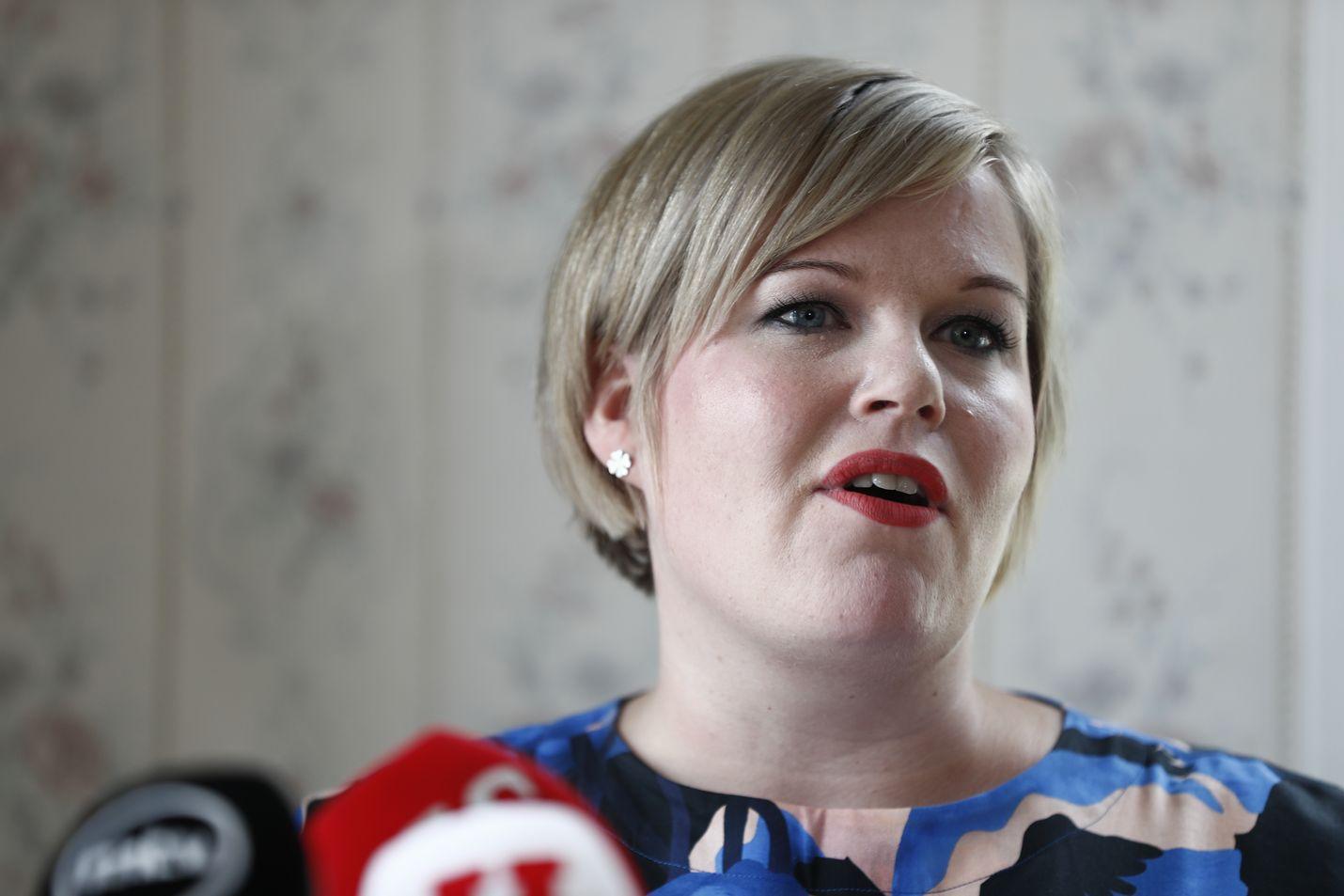 Annika Saarikolle oli vaikea päätös lähteä haastamaan Katri Kulmunia.