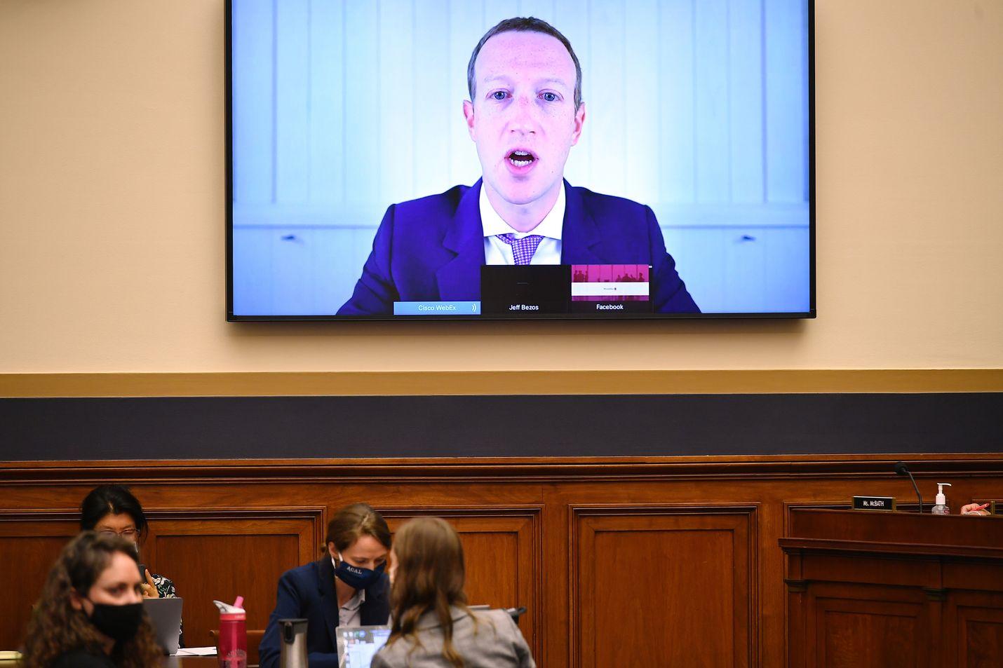 Facebookin toimitusjohtaja Mark Zuckerberg oli alkuviikosta etäyhteydellä Yhdysvaltojen kongressin kuultavana. Bisnekset kuitenkin rullaavat kohuista huolimatta.